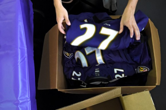 Baltimore Ravens Offer Fan Option To Exchange Ray Rice Jerseys